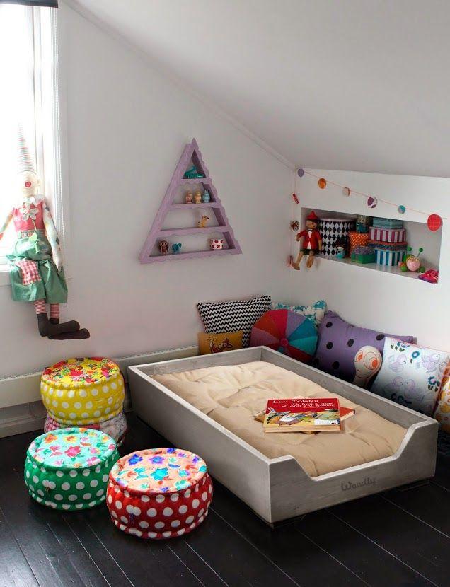 Inspira o quarto montessoriano senta que l vem hist ria for Cuartos para ninas montessori