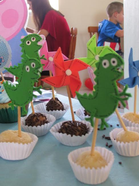 Minha parte preferida da festa: os doces... rsrsrs